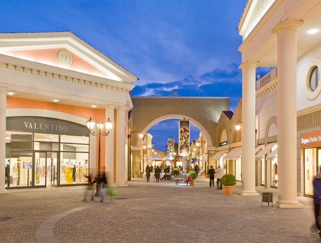 The Shopping in Florence and the Outlet