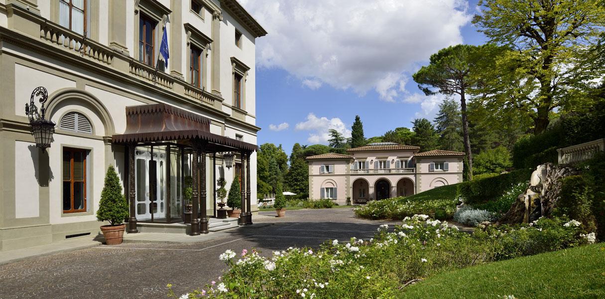 Giardino piscina villa cora hotel 5 stelle lusso firenze - Hotel con piscina toscana ...